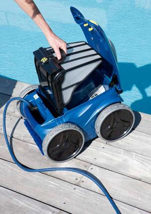 Schwimmbadreinigung Reinigungsroboter