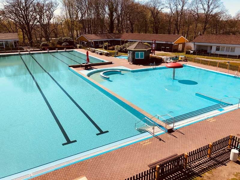 Kommunales öffentliches Schwimmbad